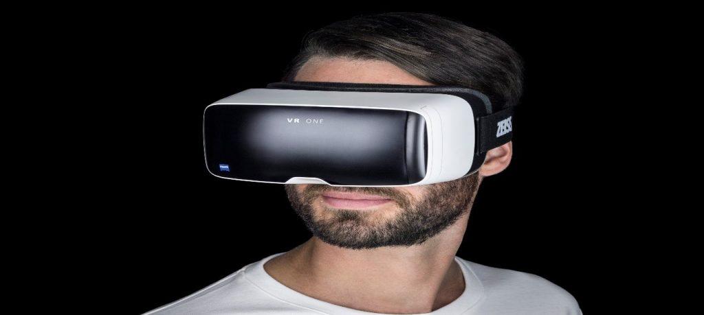 تجهیزات مورد استفاده برای واقعیت مجازی
